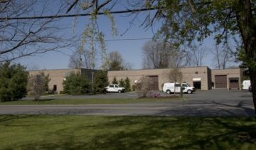 4,893 SF Office/Warehouse Space